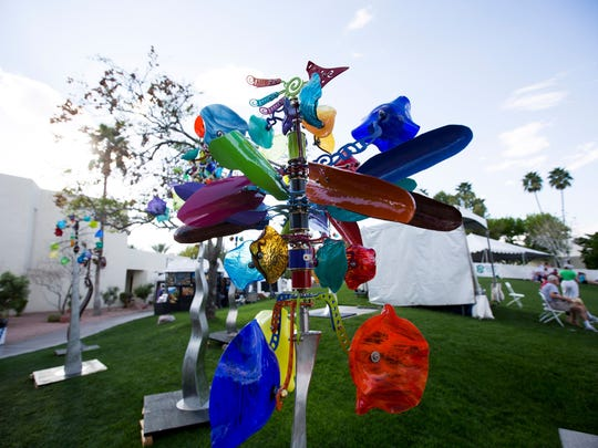 Known as one of the top art fairs in the country, this three-day outdoor event features jury-selected artists from throughout the U.S. and Canada.