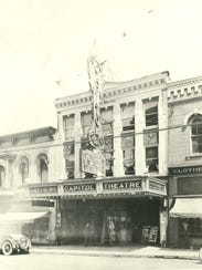 Aschers Capitol Theatre exterior, date unknown.