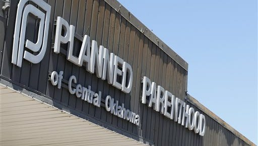 After legislation that would have halted federal dollars for Planned Parenthood was derailed in the Senate, both parties are bracing to revisit the fight.