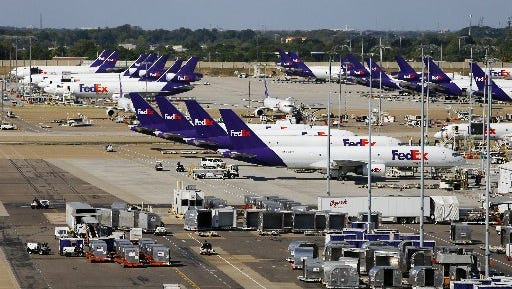 FedEx and the U.S. Postal Service add four years to a contract that routes premium mail products through the Memphis hub.