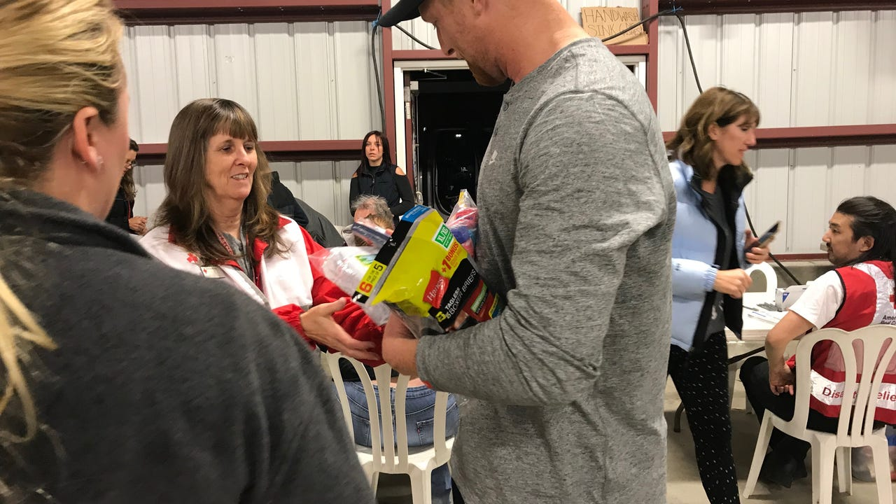 Los Angeles Rams star Johnny Hekker delivered to the Ventura County Fairgrounds on Tuesday, bringing needed items to Ventura County residents displaced by the Thomas Fire. Video by Joe Curley.