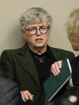 MSU President Lou Anna Simon arrives Wednesday, Jan. 17, 2018, in Circuit Judge Rosemarie Aquilina's courtroom during the second day of victim impact statements regarding former sports medicine doctor Larry Nassar. The former Michigan State University and USA Gymnastics doctor pleaded guilty to seven counts of sexual assault in Ingham County and three in Eaton County.