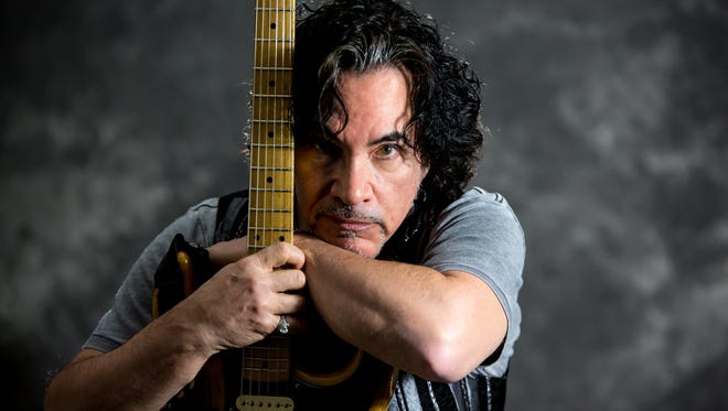 """John Oates, who has called Nashville home since 2000, has released a memoir, """"Change of Seasons,"""" about his decades as one half of the pop-rock duo Hall & Oates."""