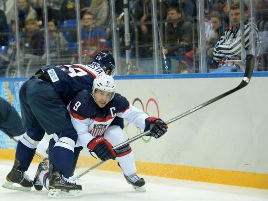 ushockey0214.jpg