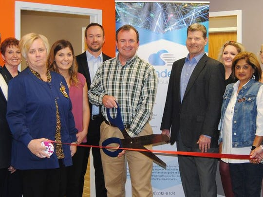 CUTLINE SENDEROCLOUD: Members of the San Angelo Chamber