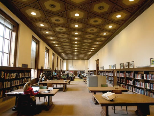 The main branch of the Detroit Public Library on Woodward