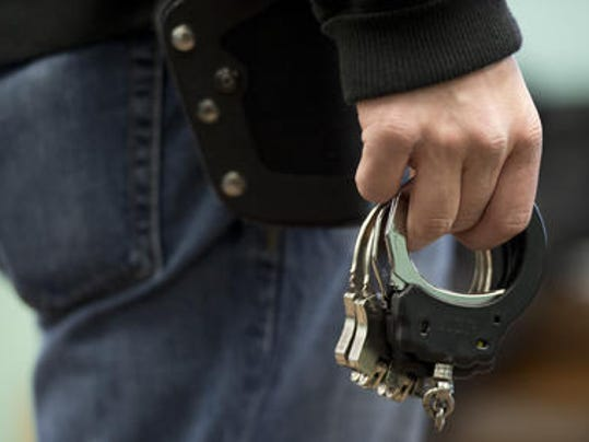 handcuffs1.jpg