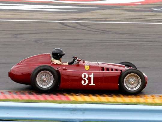 Peter Giddings steers his 1954 Lancia D50Ar Formula