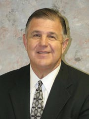 Mississippi College athletic director and former basketball coach Mike Jones is a member of the Mississippi Sports Hall of Fame's Class of 2018.