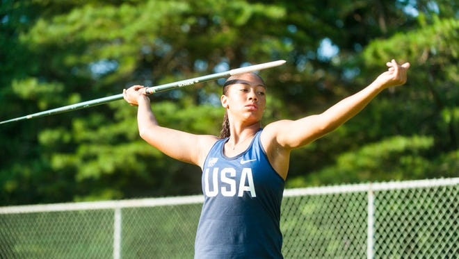 Brielle Smith, a rising sophomore at Oakcrest High, won a national title in the javelin on Tuesday.
