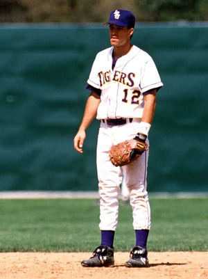 Former LSU star Todd Walker will be inducted into the Omaha College Baseball Hall of Fame.
