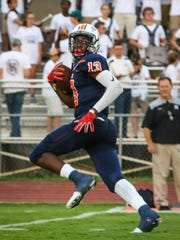 Blackman junior wide receiver Trey Knox heads downfield