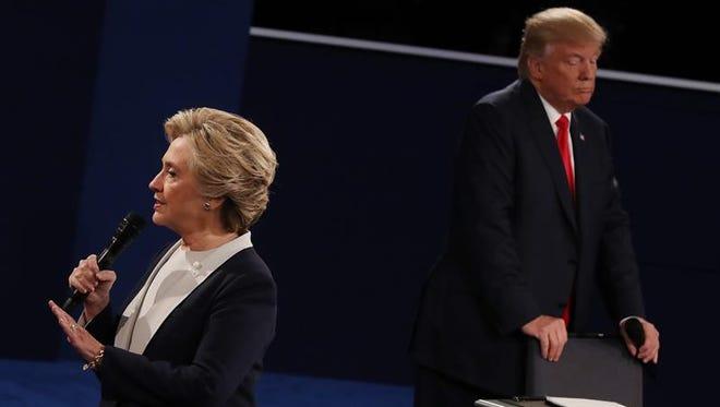La candidata demócrata a la Casa Blanca, Hillary Clinton, aglutina el 68% del voto latino en las elecciones de noviembre, frente al 19% que lograría arañar su rival, Donald Trump, según las estimaciones publicadas hoy por la Asociación Nacional de Funcionarios Electos y Designados (NALEO).
