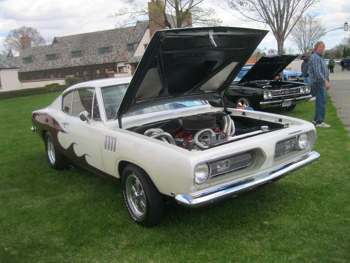 Mopar Club Shows Off Latest Projects In Shelby Township