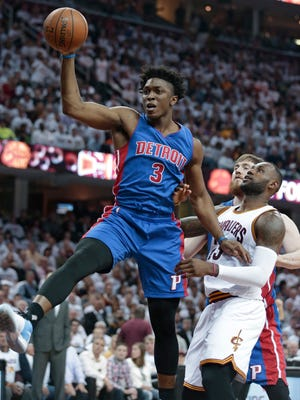 Stanley Johnson grabs a rebound in front of LeBron James on Wednesday night.