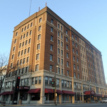 Retlaw Plaza Hotel is located at 1 N. Main St. in Fond