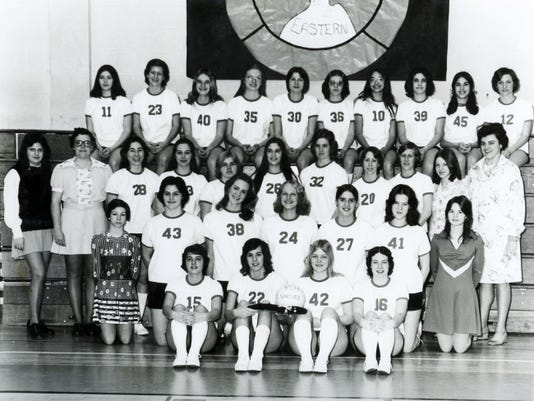 The 1975 York Suburban girls' volleyball team, which went on to win the PIAA championship.