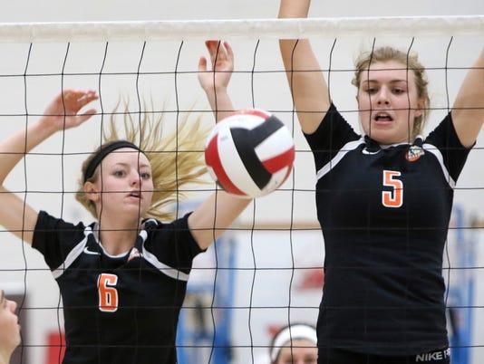 Cedarburg Girls Volleyball