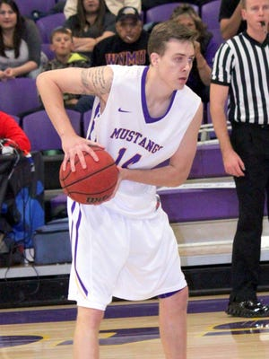Steven Loucks led the Mustangs over the weekend, scoring 13 points Friday night and 17 Saturday.