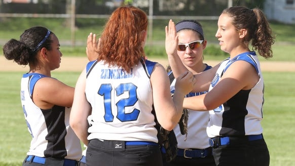 Saunders defeats White Plains 4-2 during Class AA first