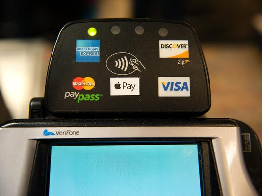 220,000 Stores Start Accepting Apple Pay