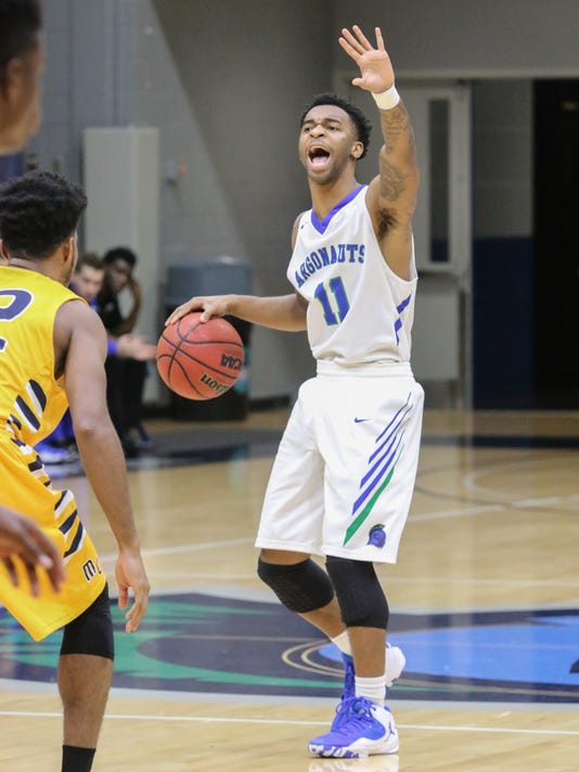 636204620101073769-sm2017-0119-uwf-mens-basketball-mississippi-college-0002.jpg