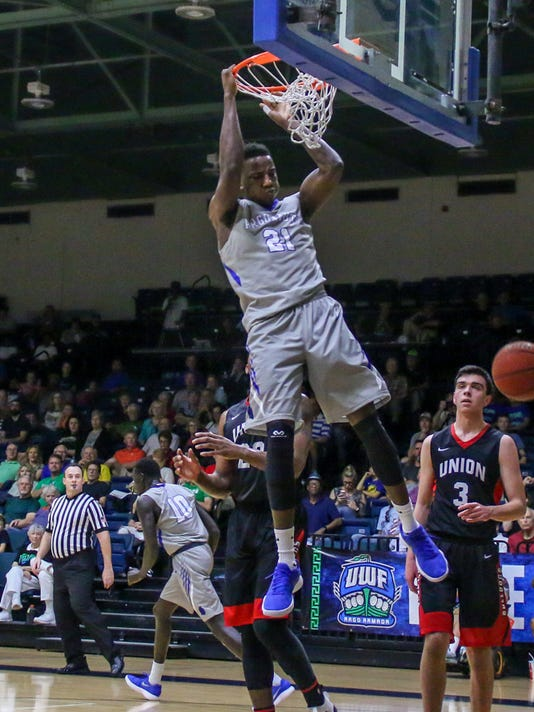 636544945243046301-sm2018-0217-uwf-mens-basketball-union-0013.jpg