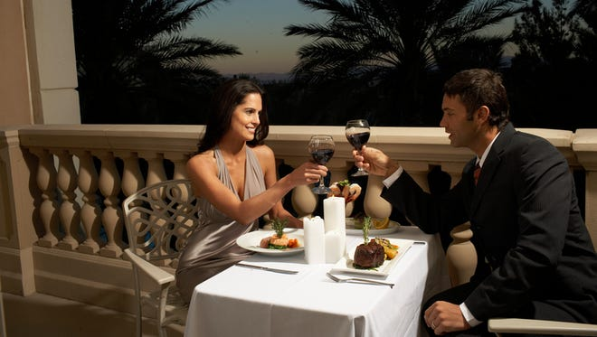 There's a date night waiting for you at Sanderson Lincoln.