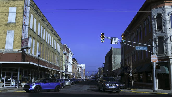 The view of Pearl Street in New Albany from Main Street looking north. At one time, Pearl was a two-way street. The city of New Albany is considering changing some one-way streets such as Pearl to two-way.