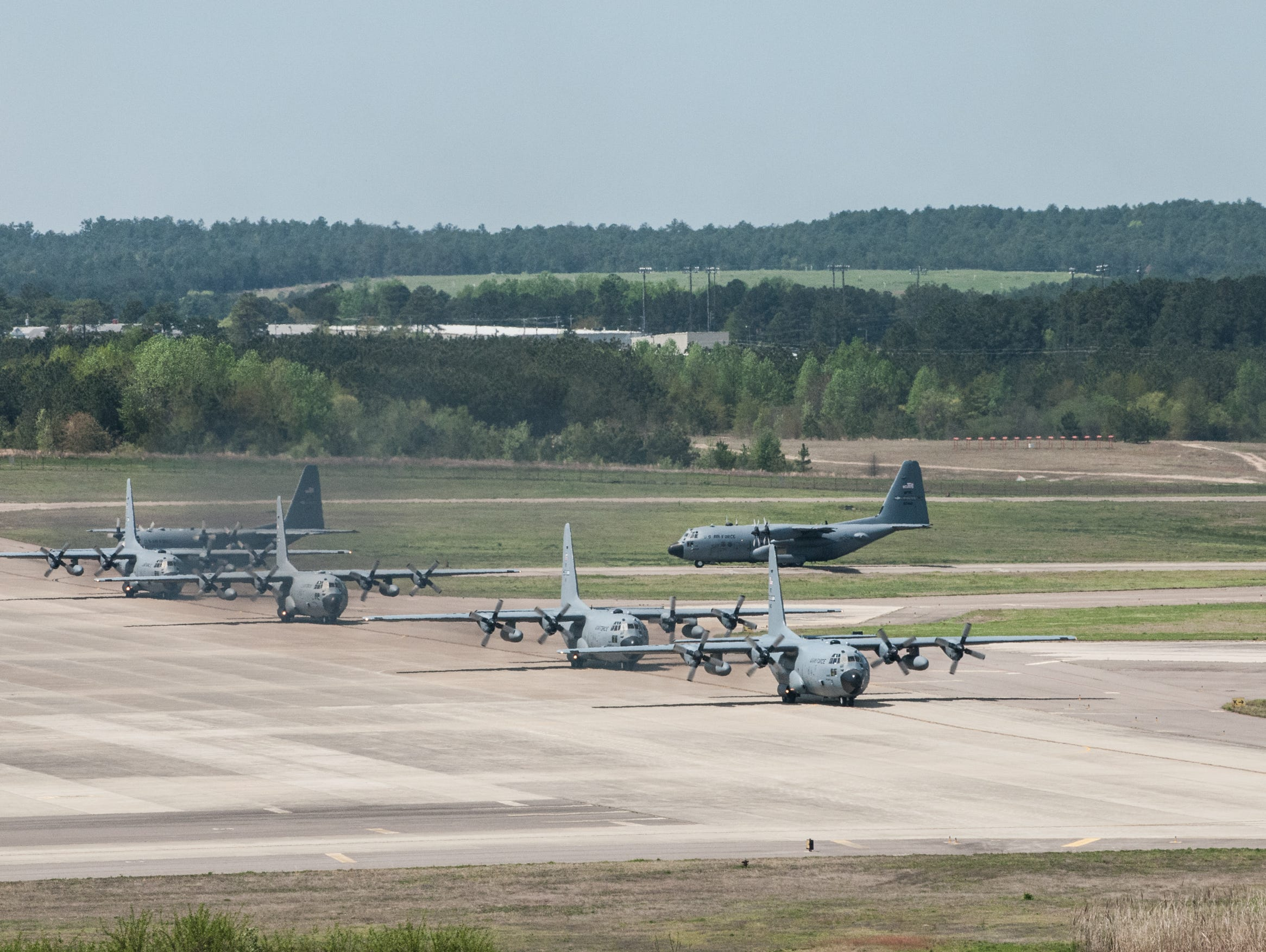Rep. Ellmers confident planes at Fort Bragg can be saved