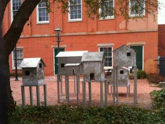 Torres sculpture