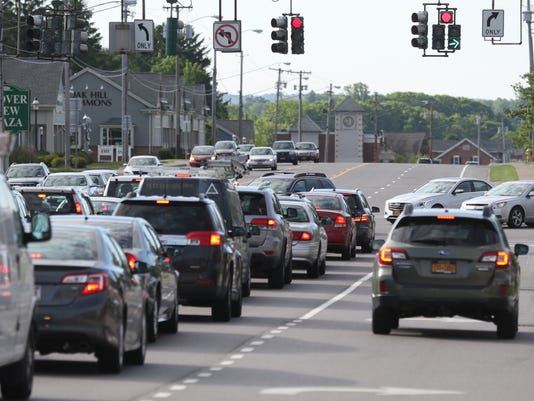 Monroe Avenue traffic