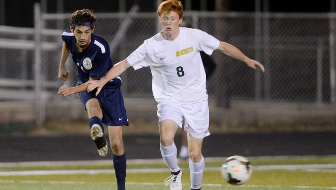 Izaiah Vignali (8) and Reynolds will be home for Tuesday's 3-A Western Regional championship game.