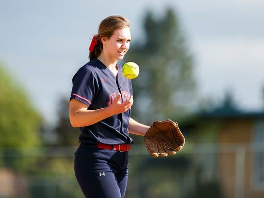 Kennedy's Tressa Reidman steps up to pitch Gaston in