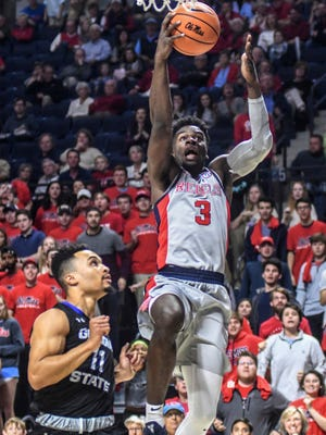 Terence Davis (3) led Ole Miss with 24 points in an 77-72 victory over Georgia State.