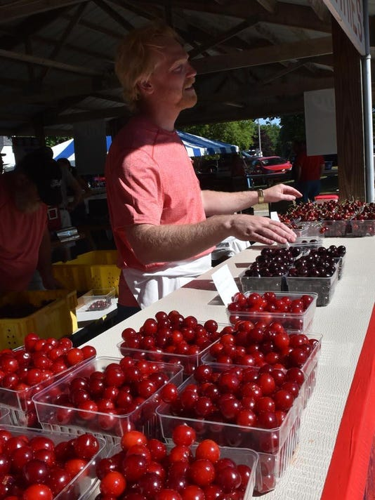 -DCN 0802 cherry festival preview 2.jpg_20170731.jpg