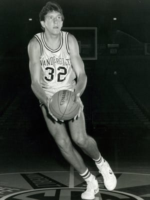 Former Vanderbilt player Will Perdue, the 1988 SEC player of the year, will join the SEC Network this season.