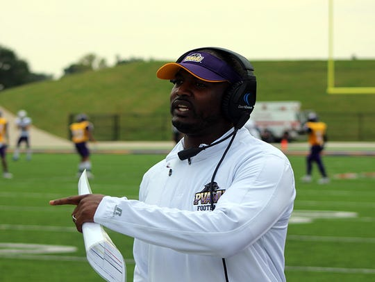 Willie Simmons went 21-11 as the head coach of Prairie