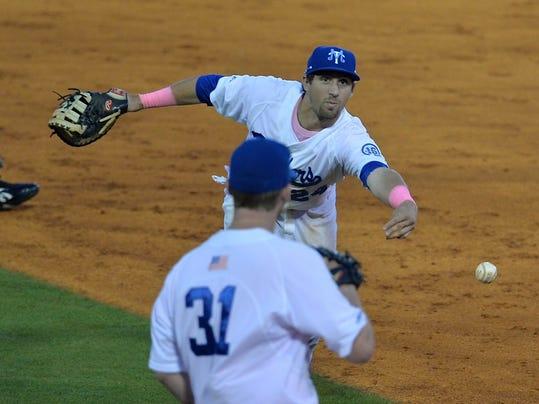 MUR SPORTS mtsu baseball 0411.jpg