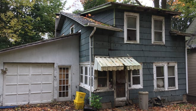 51 The Circuit St., one of the properties the city has condemned.