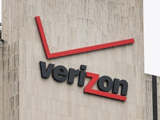 A05 VERIZON SIGN 07