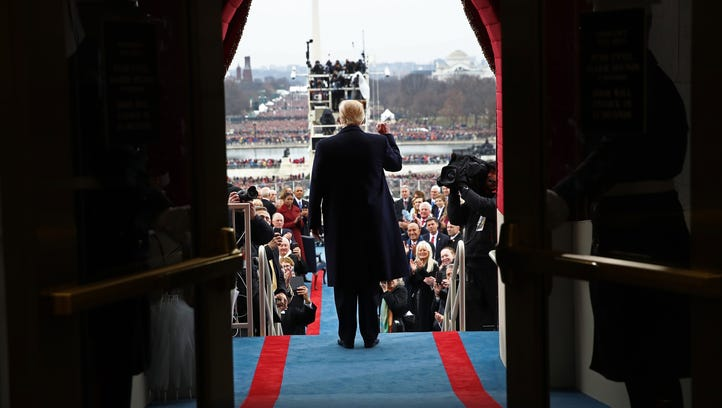 President Trump arrives on the west front of the U.S.