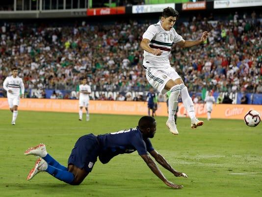 Mexico_US_Soccer_32512.jpg