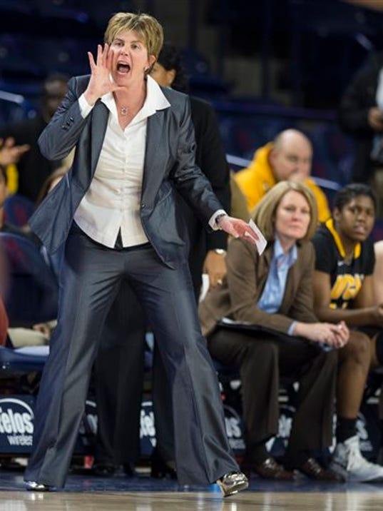 Minnesota Coach_Mann.jpg