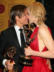 'Big Little Lies' star Nicole Kidman cuddled up to