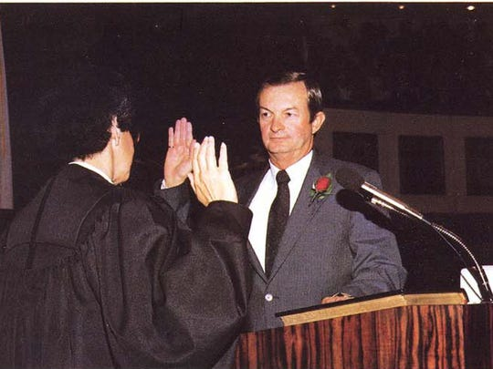 Sen. John Vogt, D-Merritt Island, being sworn in as