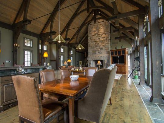 Hot Property 2 5m Home Overlooks Lake Monroe
