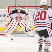 Women's hockey: Crosby fights for playing time for SCSU