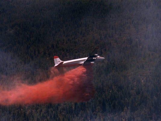 635735590570211416-fire-plane
