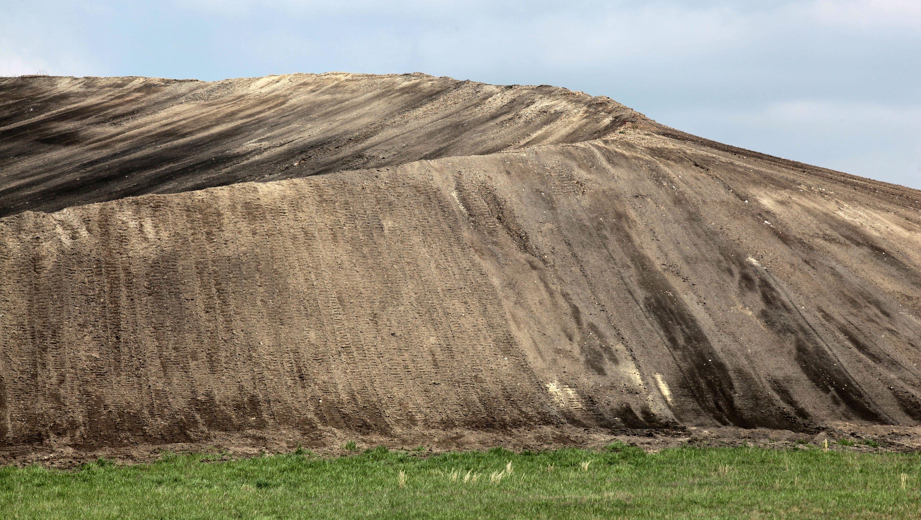 Ash From Coal ~ Learn about coal ash tar at sierra club public forum